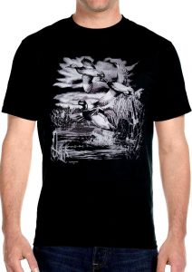 mens mallard ducks flying biker t-shirt